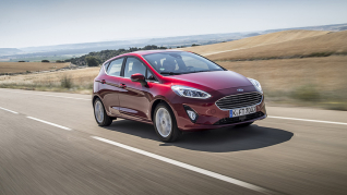 2017_Ford_Fiesta_Titanium_Ruby_Red_103e.jpg